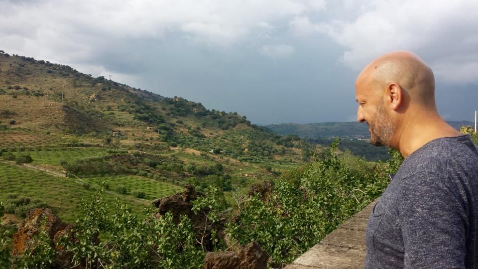 Il Mondo in un bicchiere visita l'Azienda Aricchiggia Eccellenza Siciliana a Bronte